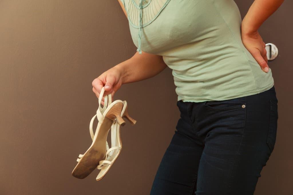 آیا کفش های تابستانی موجب درد ستون فقرات می شود