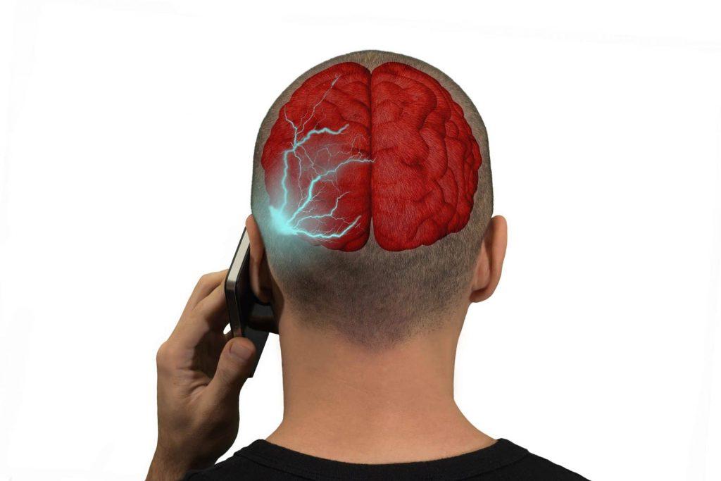 تاثیر امواج موبایل بر مغز